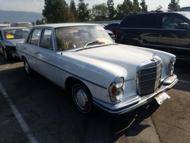 1970 Mercedes-Benz 280SE