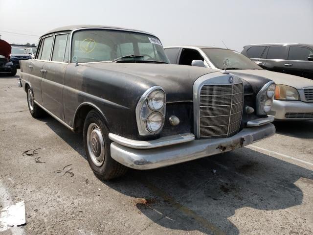 1967 Mercedes-Benz 230 S