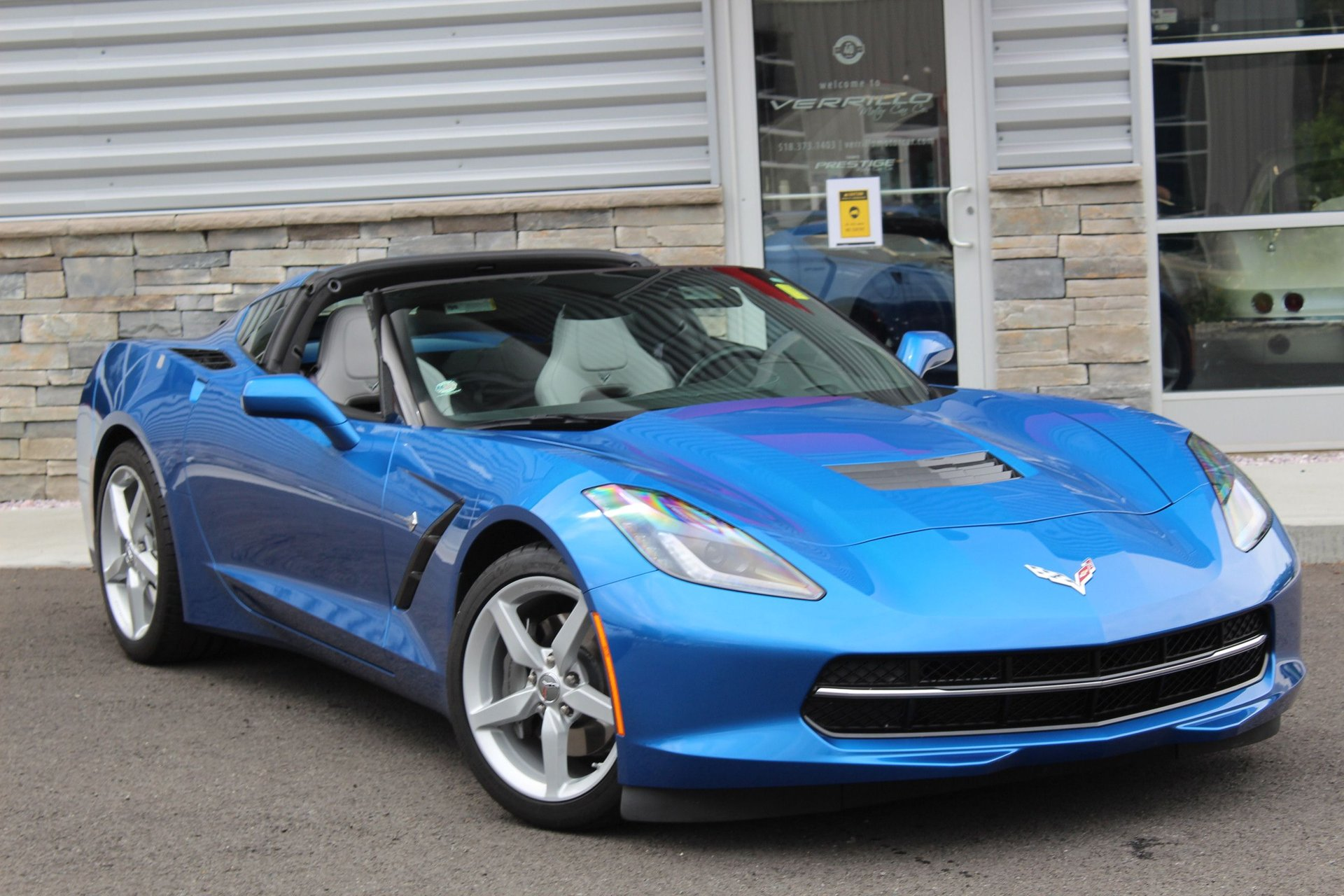 2015 chevrolet corvette 2dr stingray cpe w 2lt