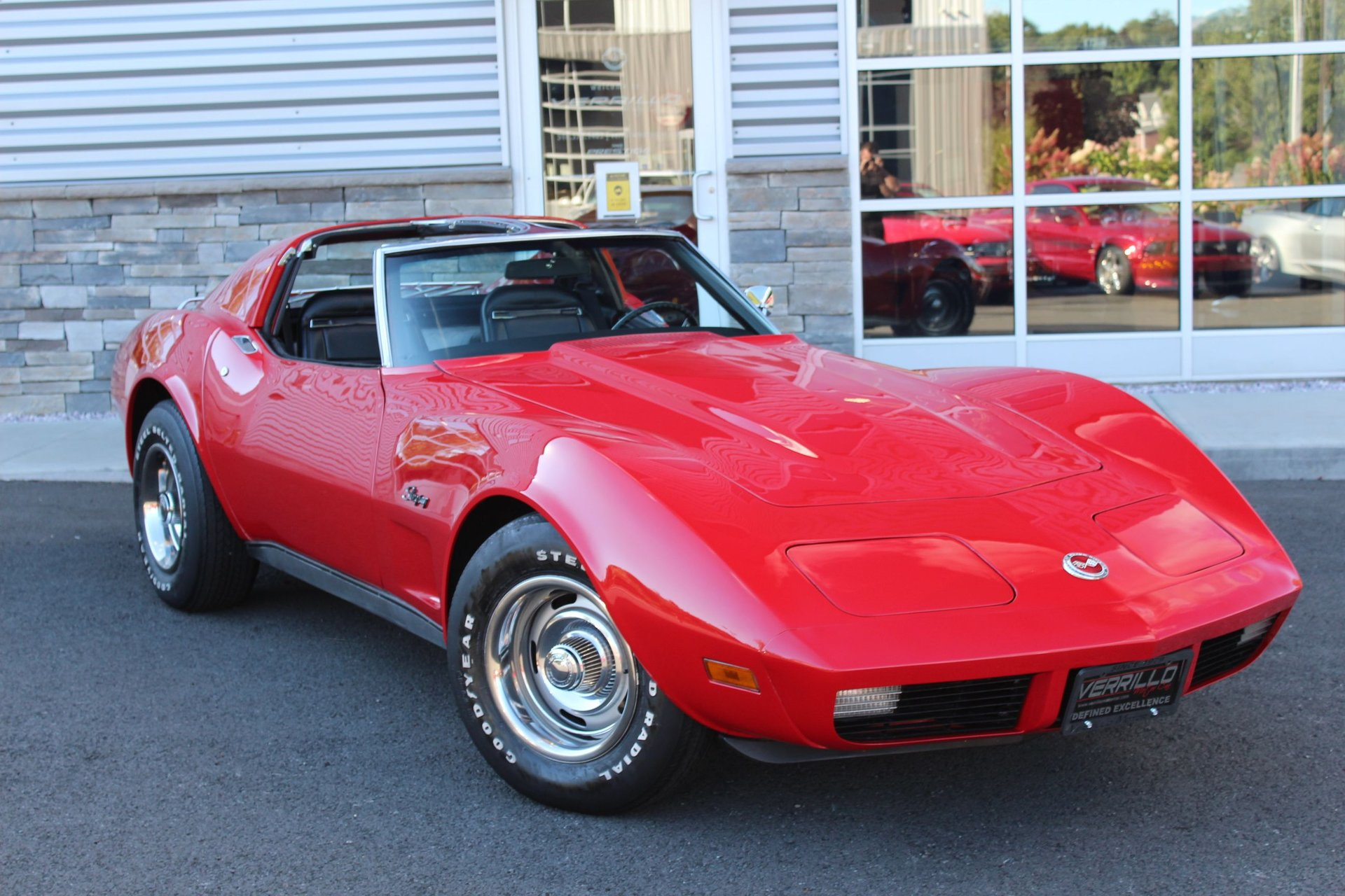 1974 chevrolet corvette coupe ttops