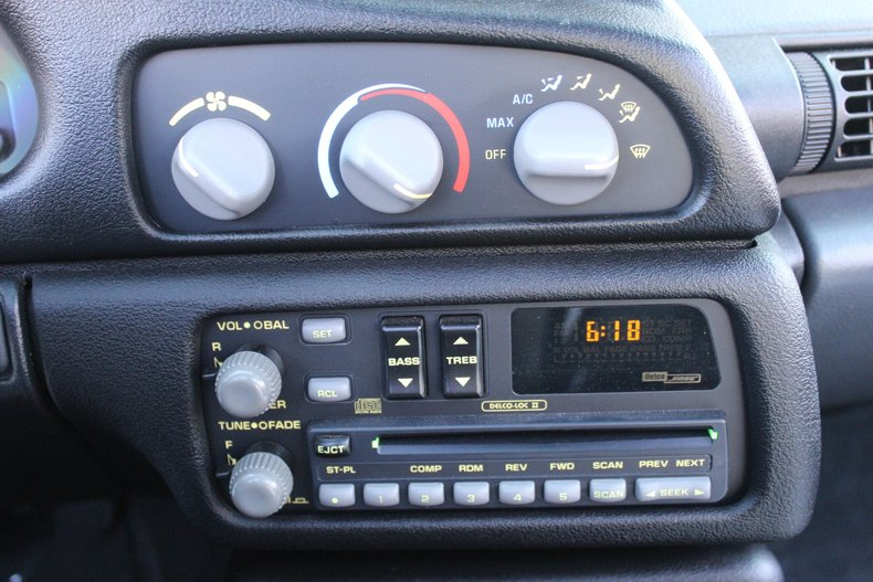 1993 Chevrolet Camaro 29