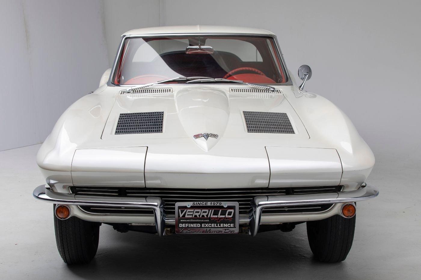 1963 chevrolet corvette coupe split window