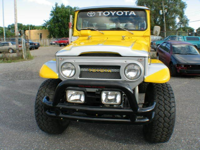1977 CUSTOM Toyota FJ40 MEGA LAND CRUISER