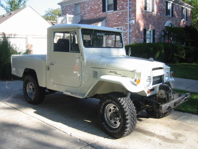1964 Toyota FJ45 PICK-UP