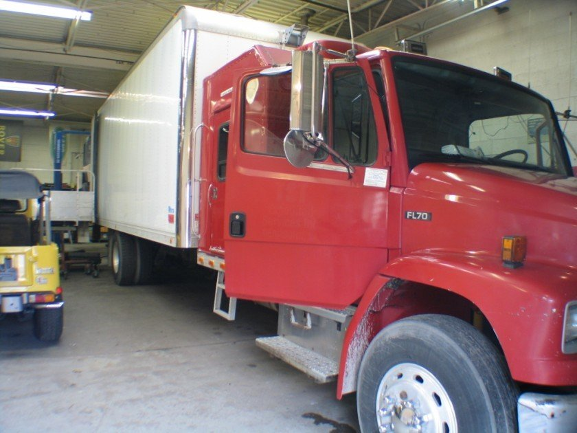 1996 Freightliner FL70 With SLEEPER