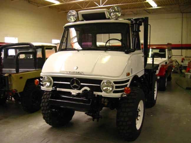 1979 MERCEDES BENZ US MODEL CASE UNIMOG