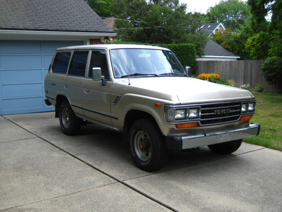 1988 Toyota FJ62 AUTOMATIC LOADED