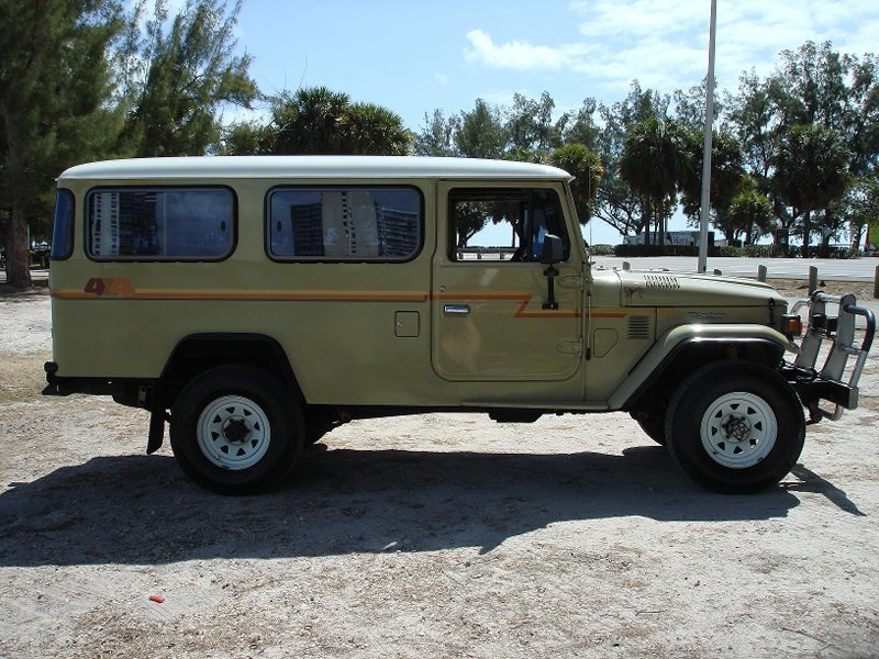 1984 TOYOTA RHD HJ47 TROOPY EXCELENT!