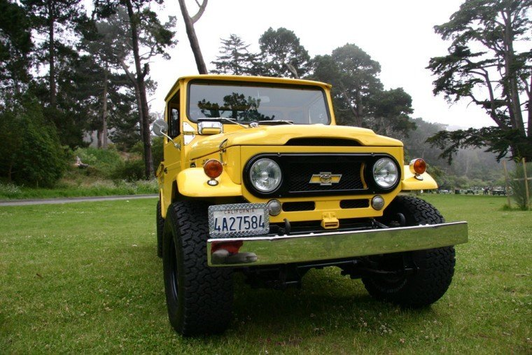1967 TOYOTA LHD MEGA FJ45 PICK-UP V8 AUTOMATIC