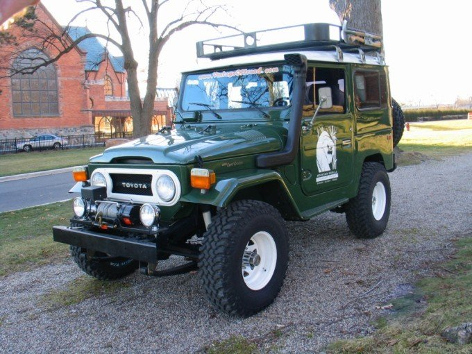 ANY Toyota FJ40 GORILLA SAFARI