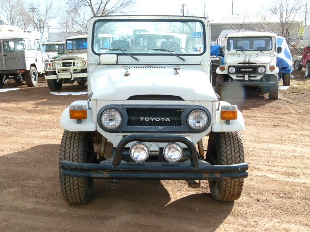 1977 Toyota FJ40 BARN FIND ORIGINAL
