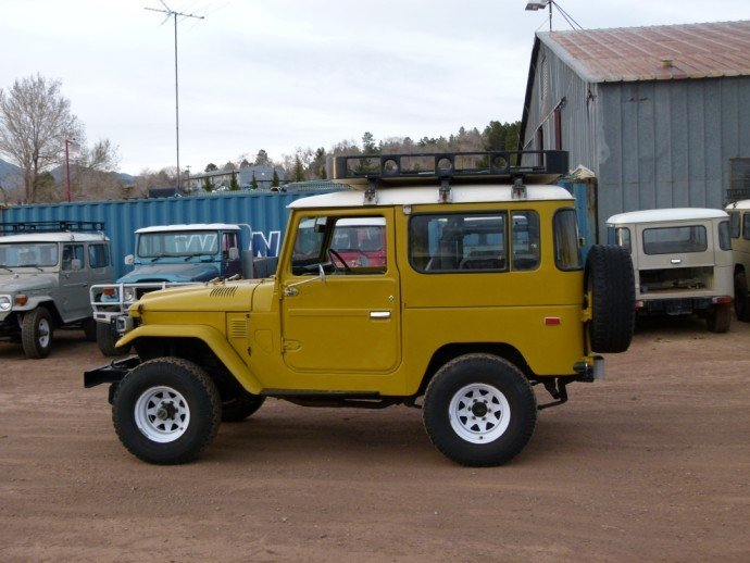 1978 Toyota FJ40 STOCK SAFARI RACK