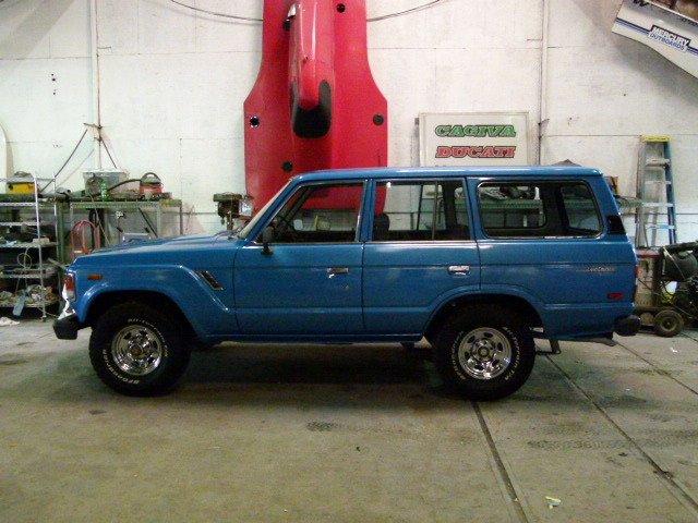1984 Toyota FJ60 RUST FREE LOW MILES RESTORATION REPAINT