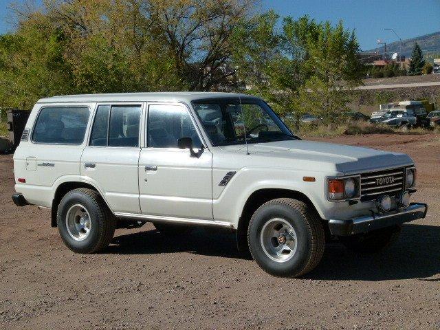 1985 Toyota FJ60 4 Door Wagon MINT - LOWEST MI