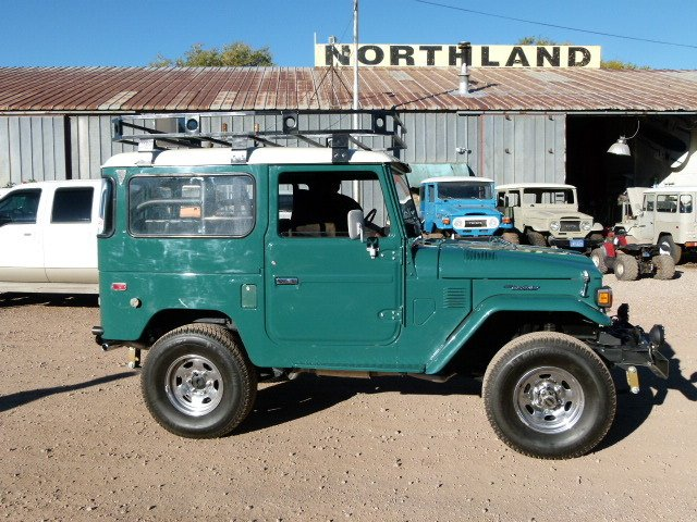 1977 Toyota FJ40 FULLY RESTORED WITH UPGRADED POWER STEERING<