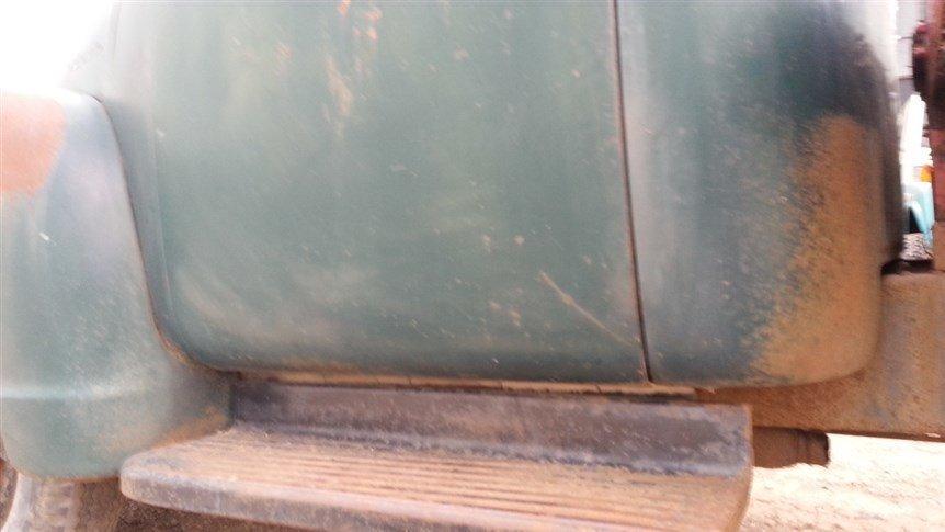 1953/56 Cheverolet Tilt bed 6400