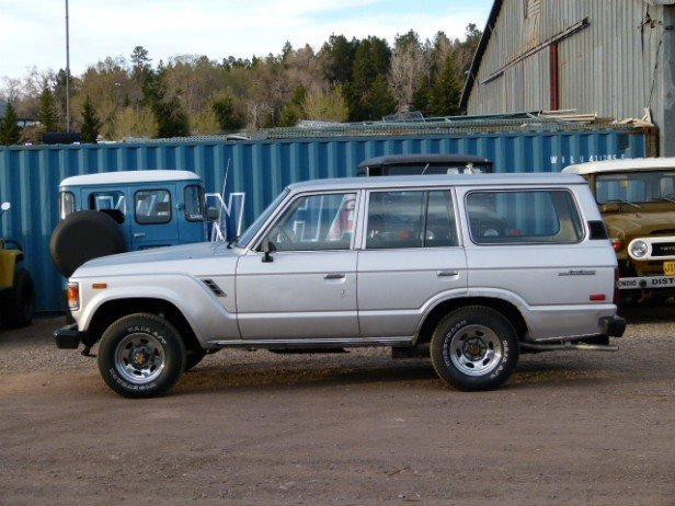 1986 Toyota FJ60 ALL ORIGINAL 2 OWNERS LOADED 2