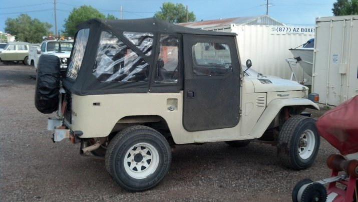 1982 Toyota FJ40 ORIGINAL Rust Rot Free Runs & Drives Excellen