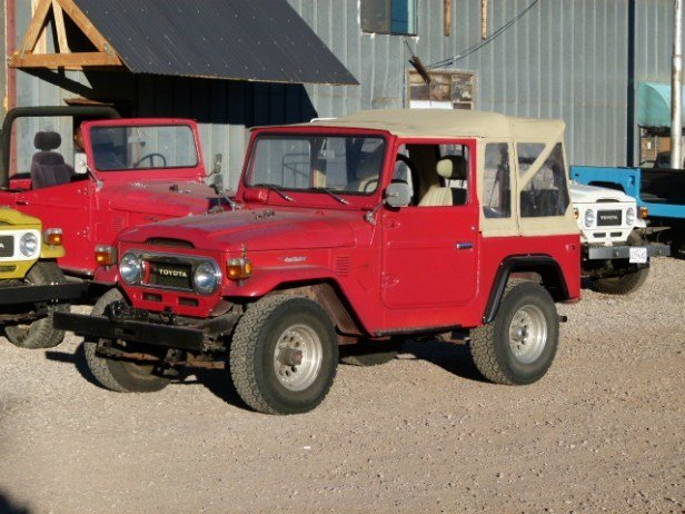 1976 Toyota RESTORED FJ40 CONVERTIBLE - LOADED POWER STEERING