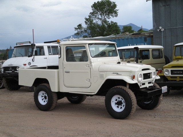 1966 Toyota FJ45 Pick up Mid Wheel Base