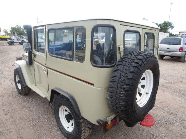 1980 Toyota BJ42 (3B diesel) loaded AC - Power Steering - 4 sp