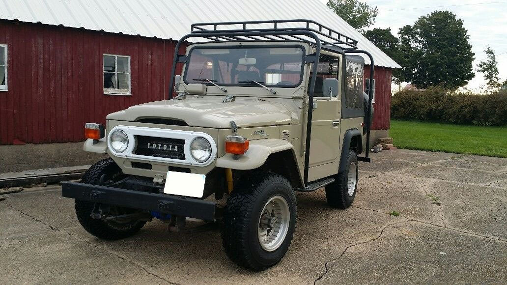 1978 Toyota FJ40 RESTORED V8 Automatic Power Steering and mor