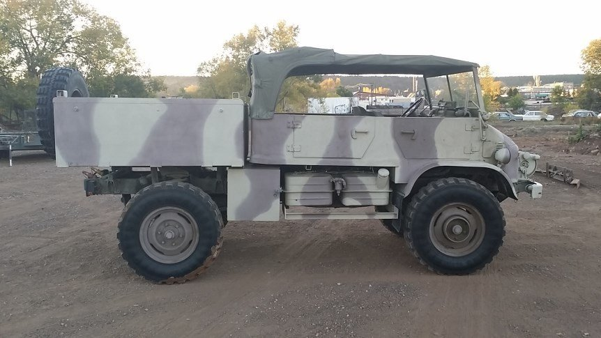 1969 MERCEDES UNIMOG 404S - 4 DOOR DOKA CONVERTIBLE PICK UP