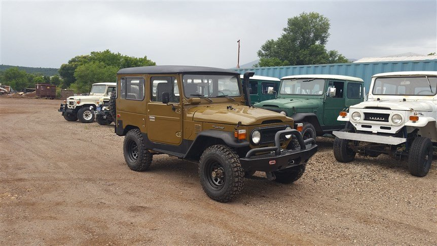 1977 Toyota CUSTOM V8 COMMANDO FJ40 MINT CONDITION LOADED