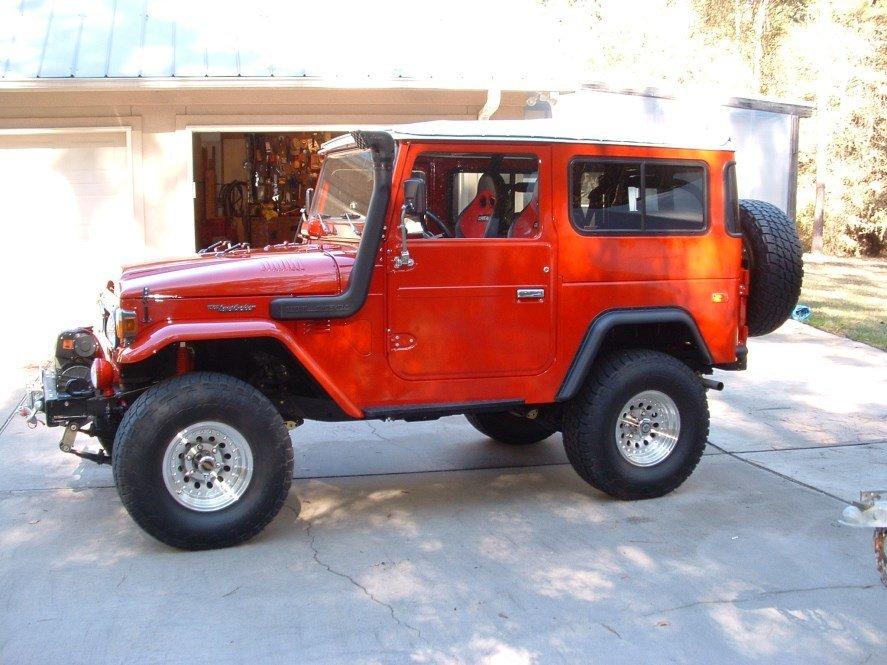 1975 Toyota FJ40 Beautiful Restoration and total upgrade! LOAD