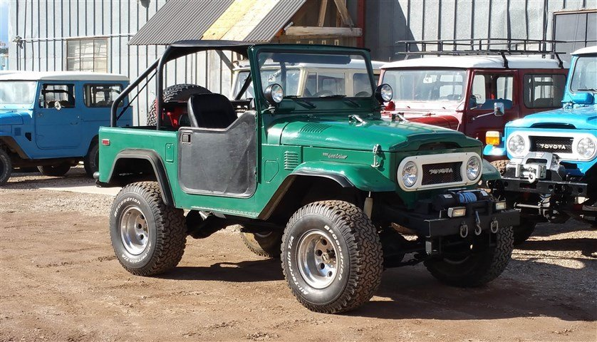 1978 Toyota Custom Upgraded FJ40 with PS V8 HardTop