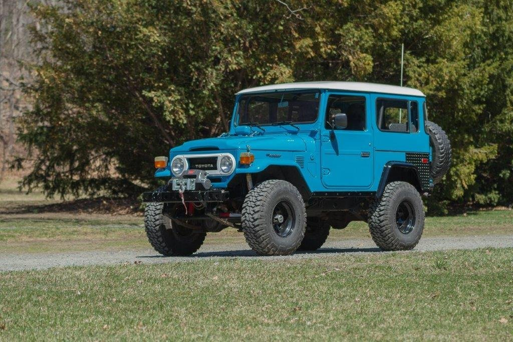 1978 Toyota MEGA FJ40 V8 Underdrive, Power Steering, much more