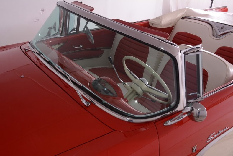 1955 Ford Sunliner
