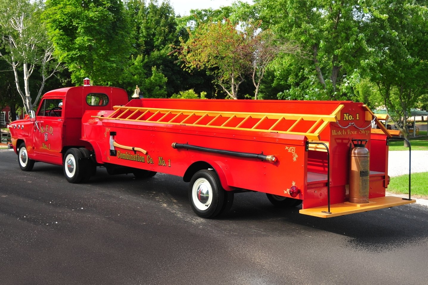 1951 crosley fire engine hook and ladder