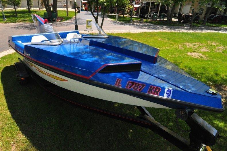 1992 Seaswirl Batboat