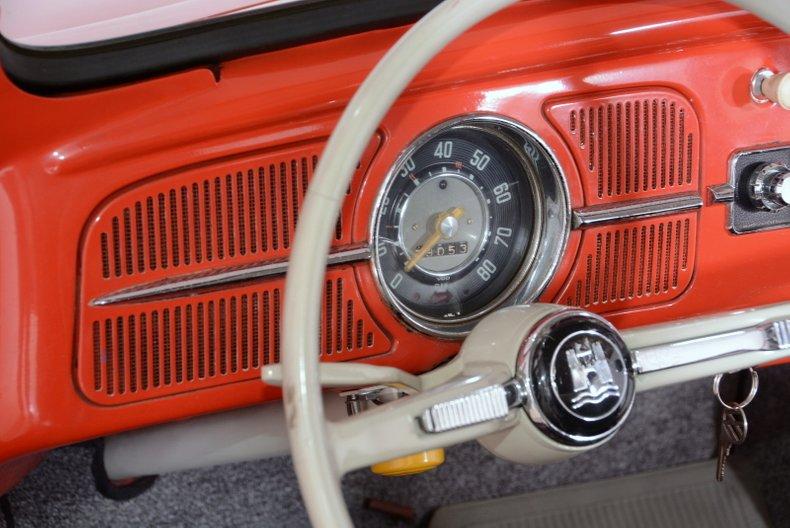 1960 Volkswagen Beetle 8