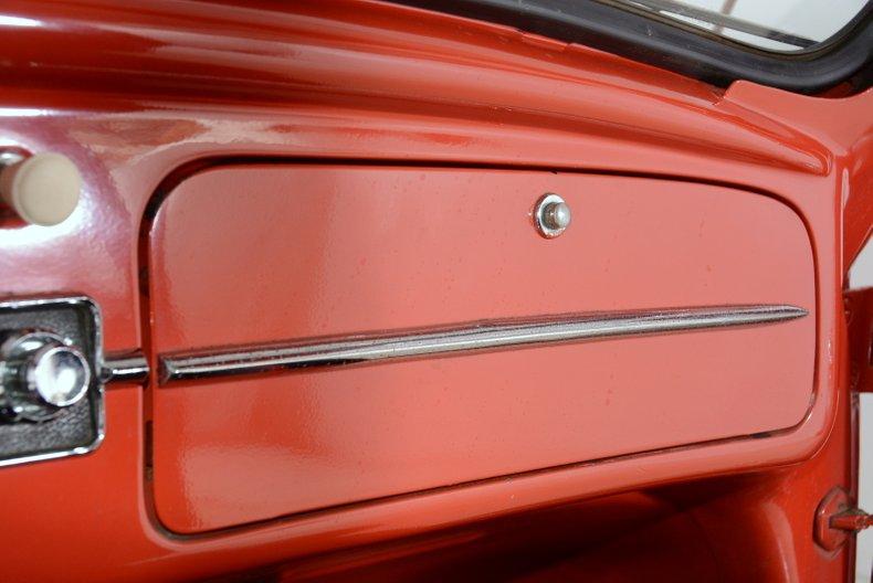 1960 Volkswagen Beetle 23