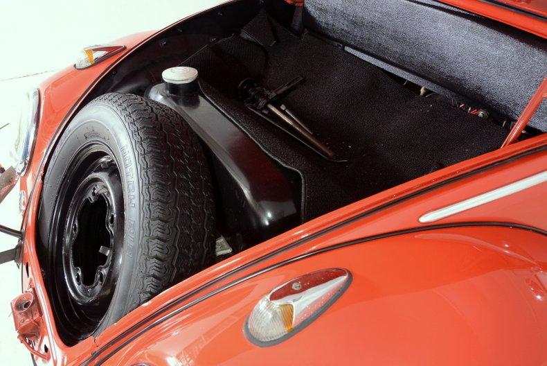 1960 Volkswagen Beetle 24