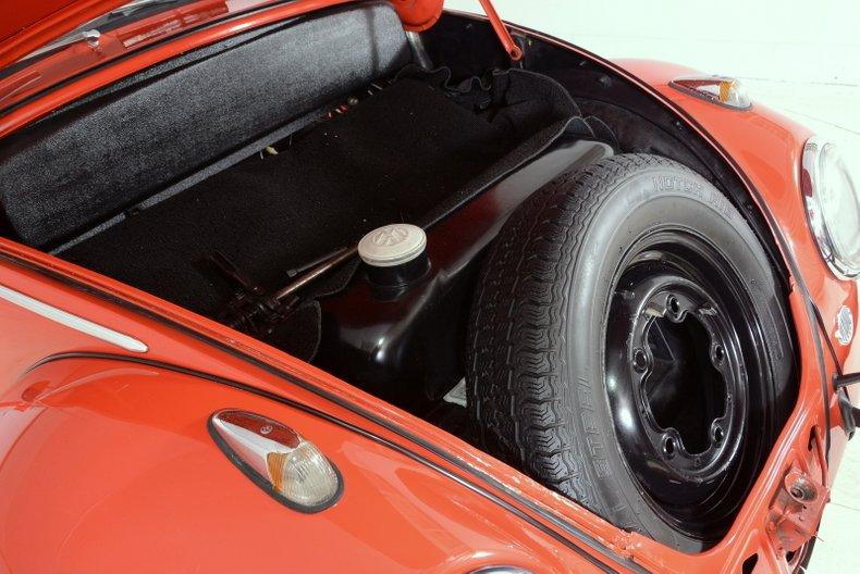 1960 Volkswagen Beetle 38