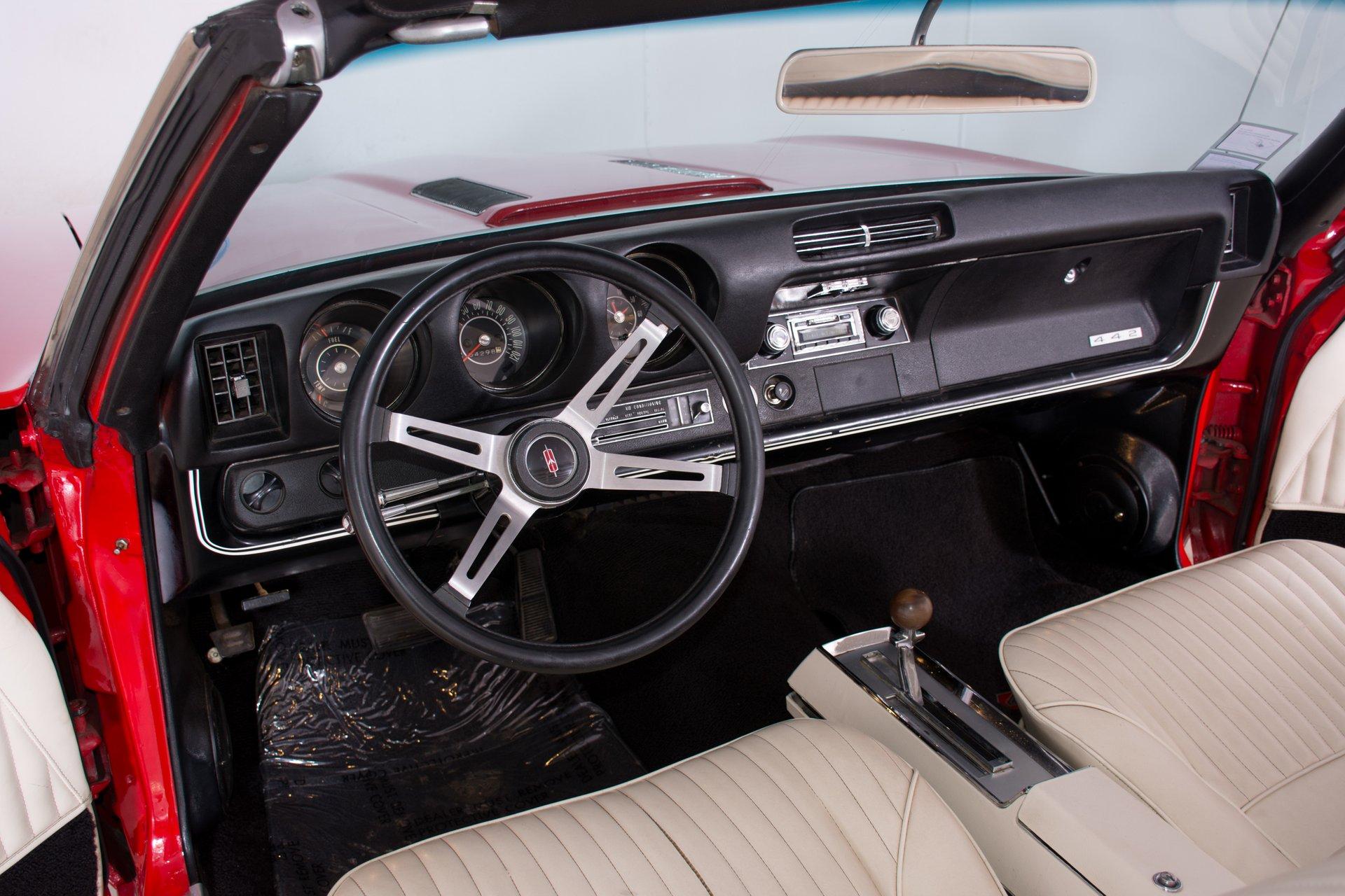 1968 Oldsmobile 442 | Volo Auto Museum