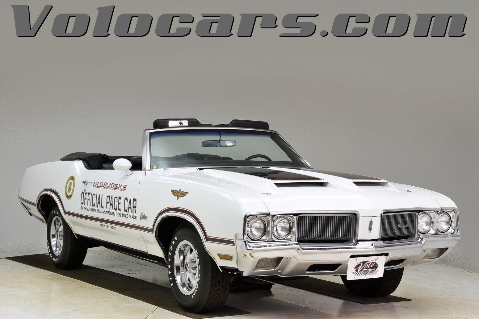 1970 Oldsmobile Cutlass | Volo Auto Museum
