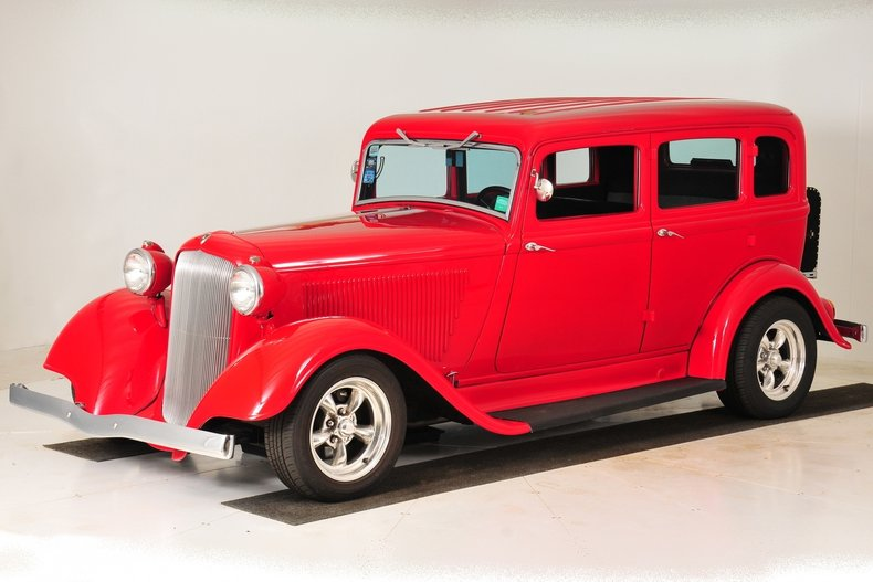 1934 Plymouth Sedan