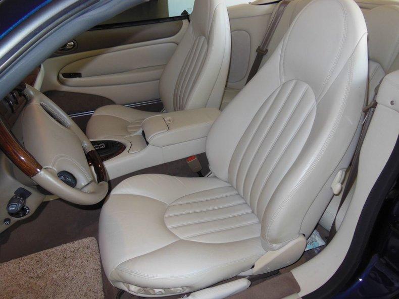 2000 Jaguar