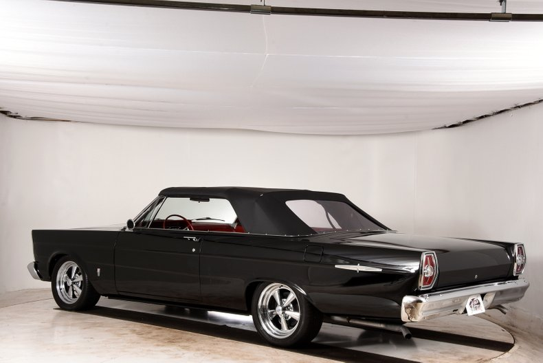1965 Ford Galaxie 500XL 41
