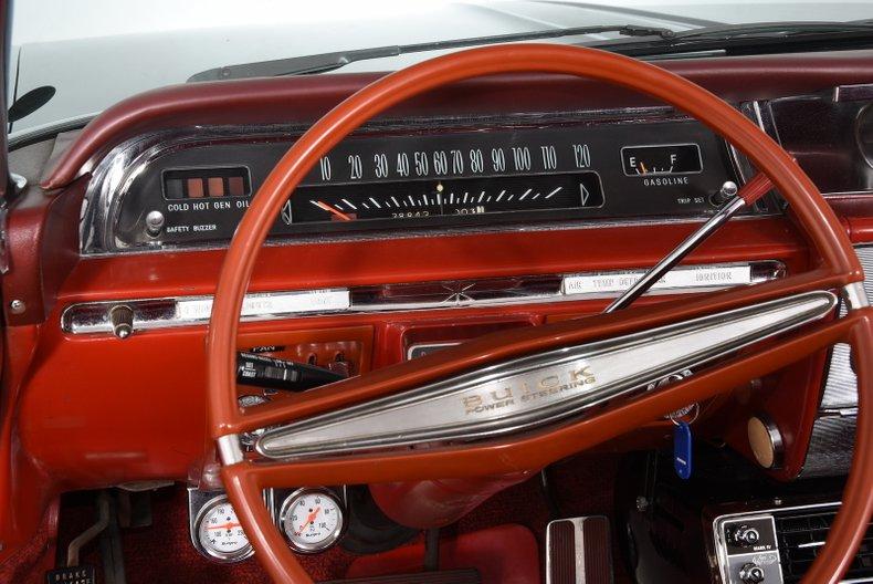 1962 Buick Invicta 2
