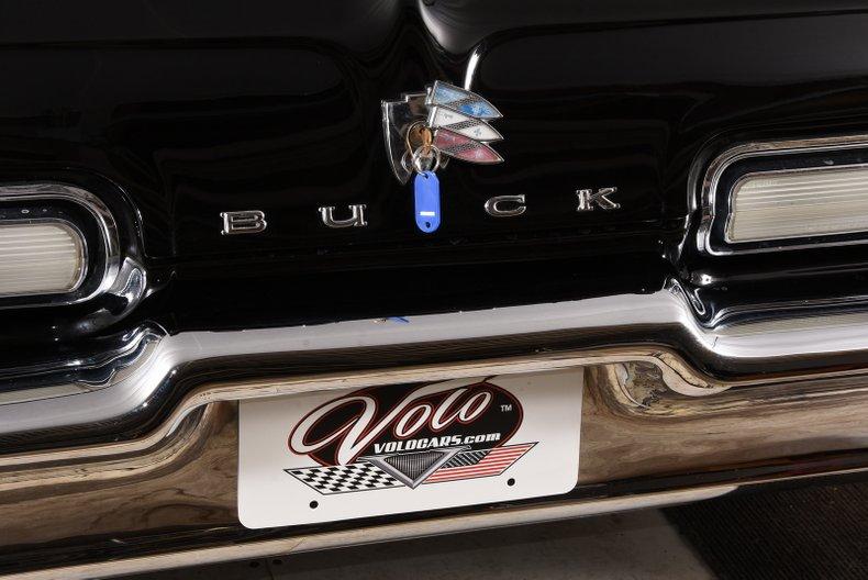 1962 Buick Invicta 24