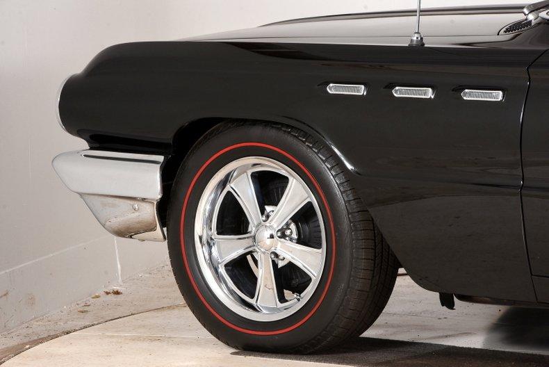 1962 Buick Invicta 32