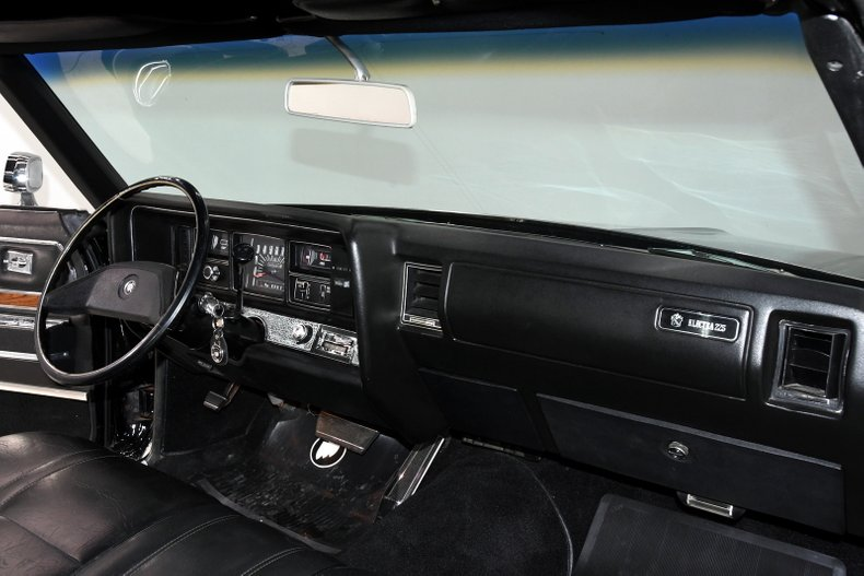 1970 Buick Electra 29