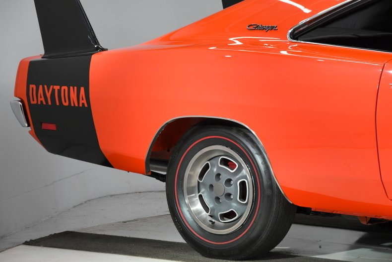 1969 Dodge Charger 35