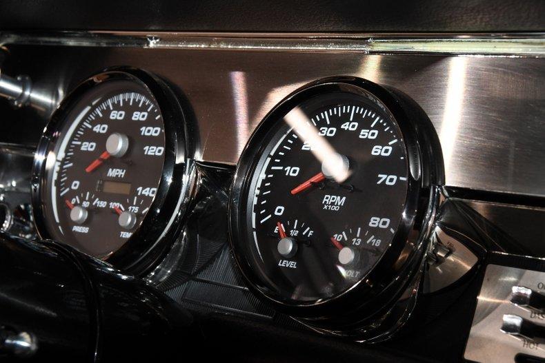 1966 Oldsmobile 442 24