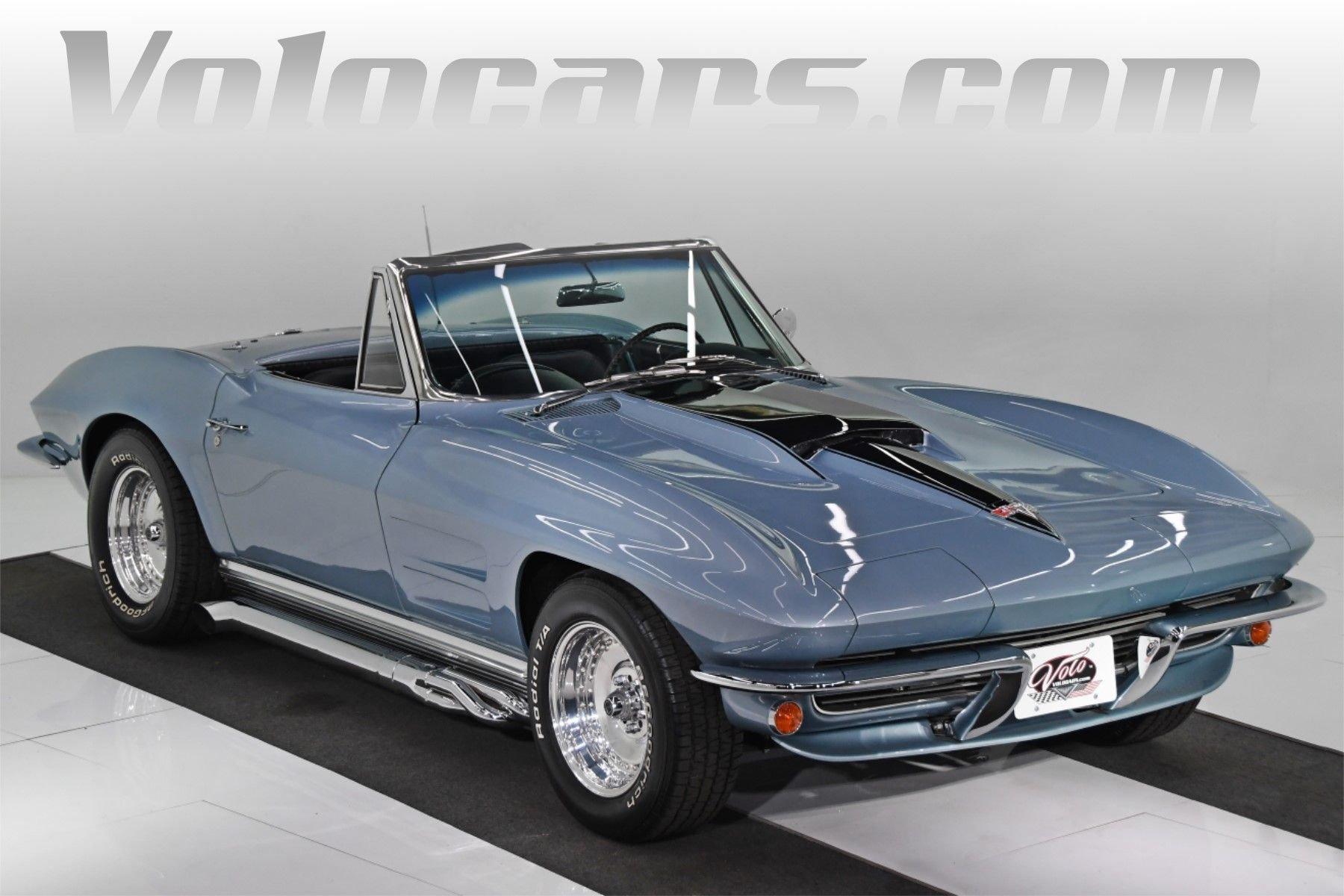 1964 chevrolet corvette roadster
